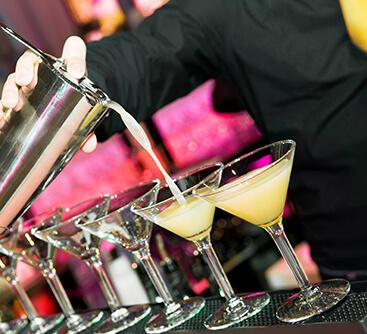 Cocktail Flairtending Barmen